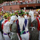 Lapurdiko  inauterietako  pertsonaiak  aurkeztuko  ditu  Oberena  dantza  taldeak  abenduaren  3an